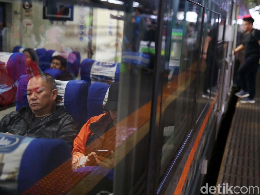 Ini Jadwal Kereta Api yang Beroperasi di Tengah Pandemi