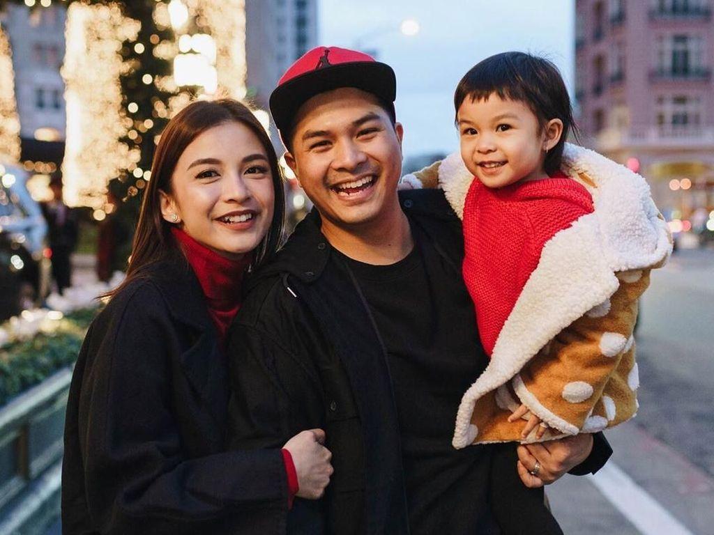 Momen Lucu Anak Chelsea Olivia dan Glenn Sambut Adik Baru