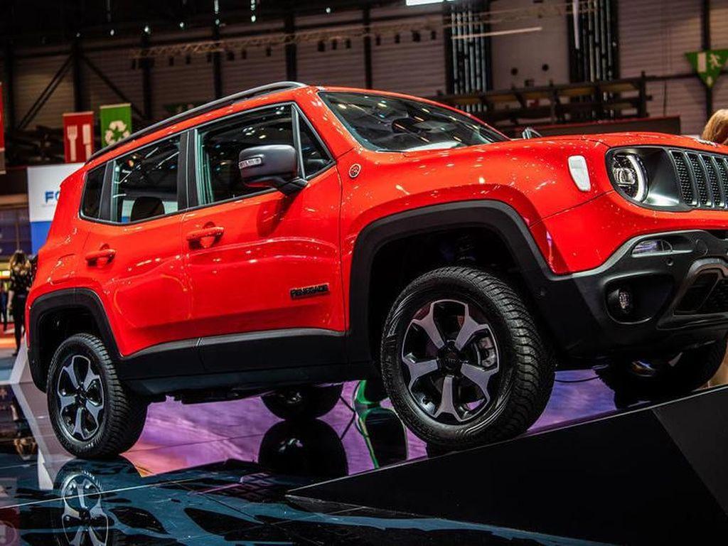 Hybrid Pertama Jeep Berbaju Renegade