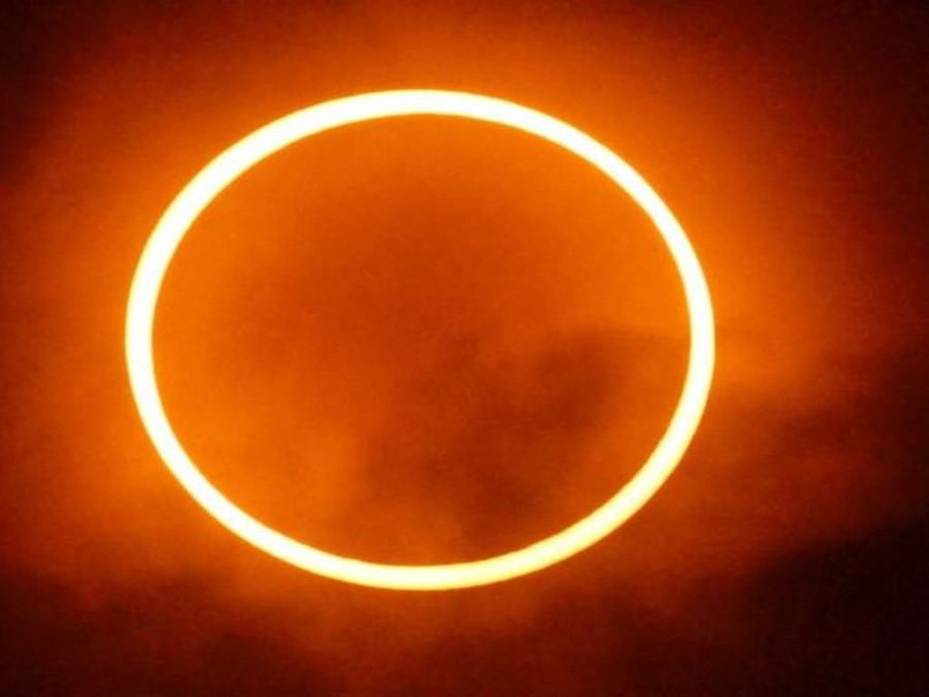 Gerhana Matahari Cincin Jam Berapa, Ini Jadwal Lengkapnya!