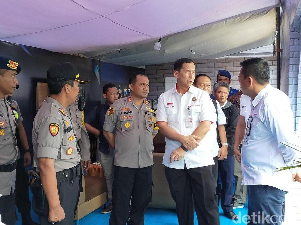 Kemenko Polhukam Cek Kesiapan Pelabuhan Ketapang untuk Libur Nataru