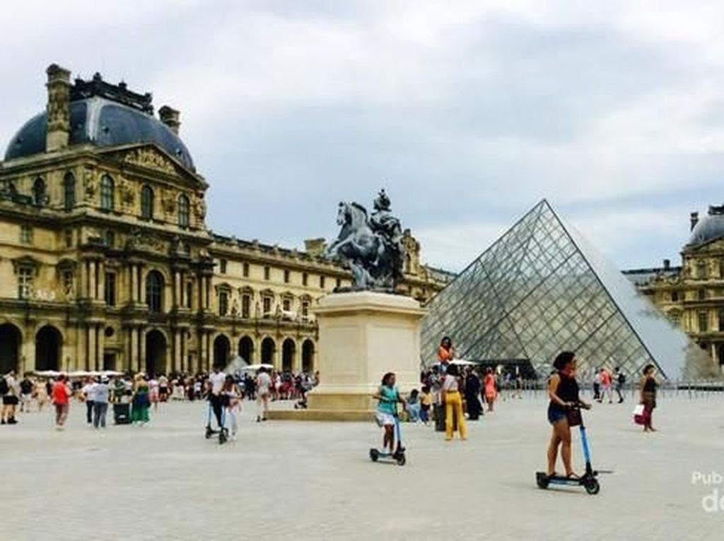 Paris yang Selalu Romantis