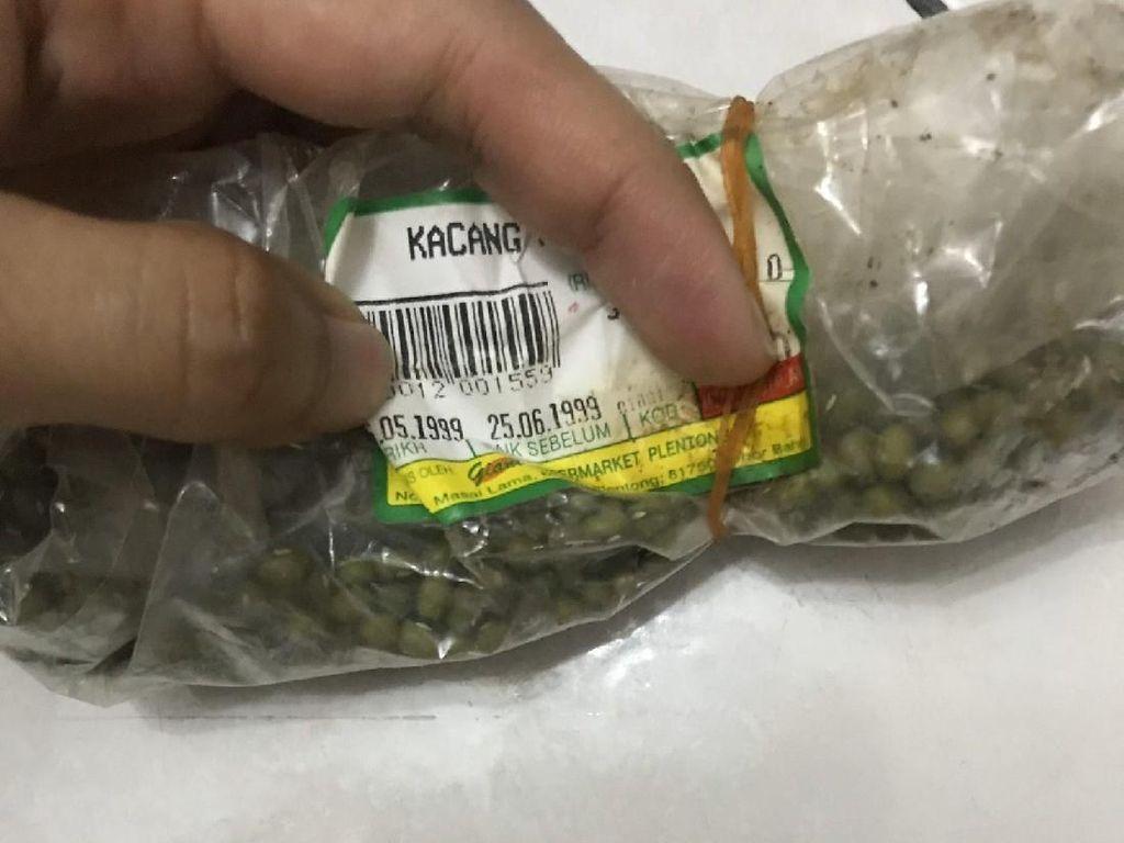 Viral Temuan Kacang Kedaluwarsa Tahun 1999, Ini Tips Bersihkan Kulkas