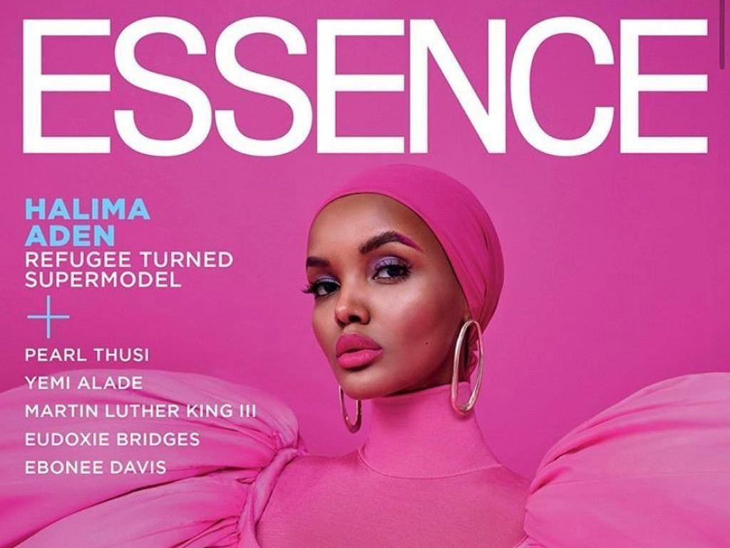 Hijabers Halima Aden Memulai 2020 dengan Kembali Mengukir Sejarah