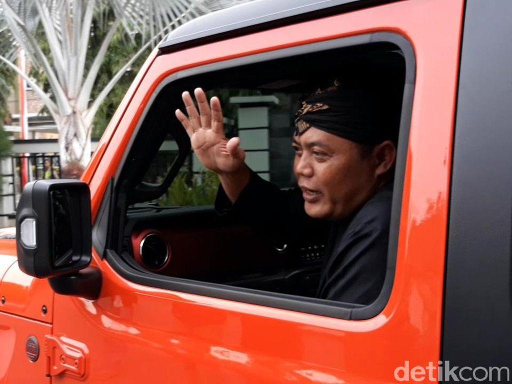 Kendarai Jeep Wrangler Rubicon, Bupati Karanganyar Gagal Nanjak