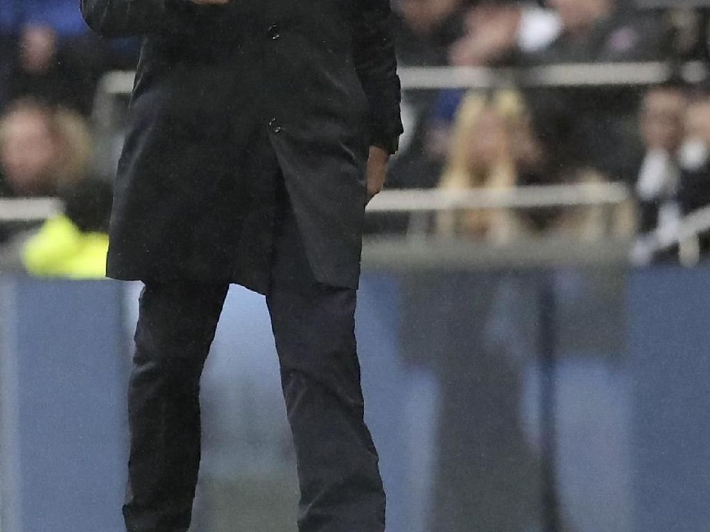 Sindiran Mourinho ke MU: Bruno Fernandes Datang atau Tidak?