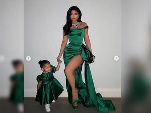 Kylie Jenner Dikritik sebab Berikan Cincin Berlian ke Anak Balitanya