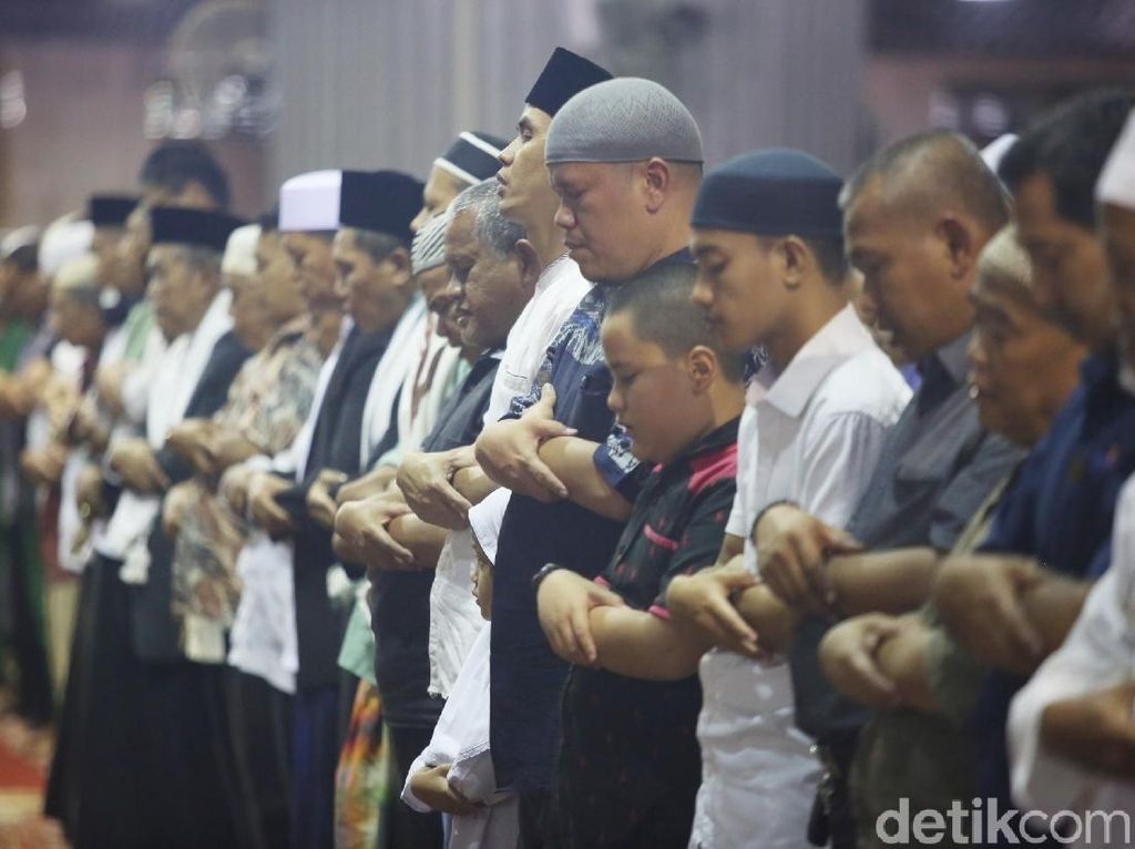 Panduan Warga Bekasi Selama Ramadhan: Bukber di Rumah-Zakat Via Transfer
