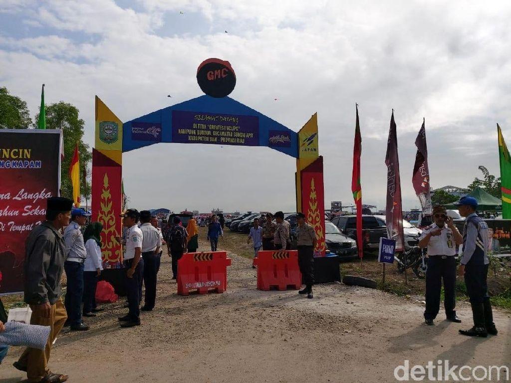 Lokasi Nonton Gerhana Matahari Cincin di Siak Riau Mulai Gelap