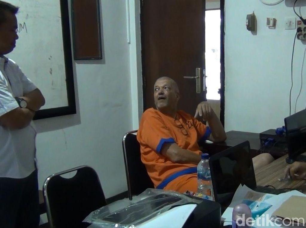 Ini Fakta-fakta Bule Belanda yang Bunuh Mantan Istri di Banyuwangi