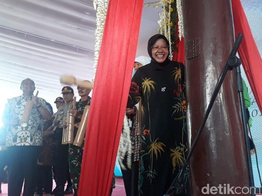 Risma Ajak Warga Surabaya Saling Peduli ke Tetangga