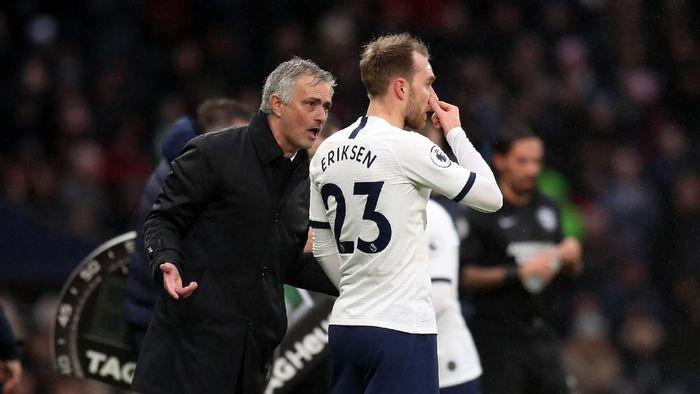 Jose Mourinho menegaskan sudah tahu bagaimana masa depan Christian Eriksen di Tottenham Hotspur. (Foto: Catherine Ivill/Getty Images)