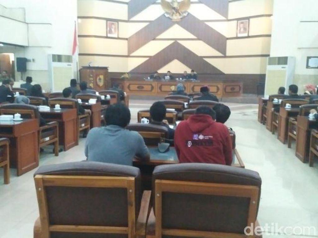 Mangkir Sidang Interpelasi, DPRD Jember Sepakat Hak Angket ke Bupati Faida