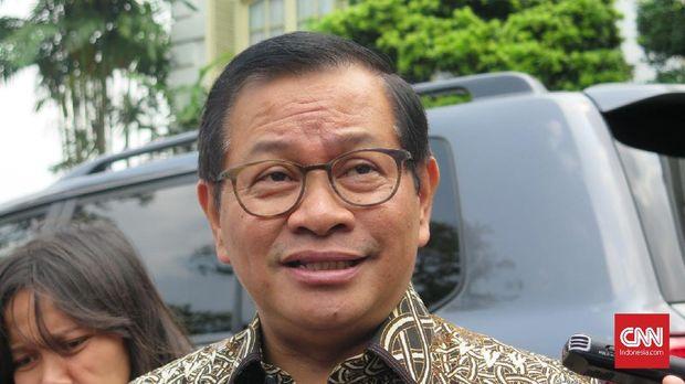 Sekretaris Kabinet Pramono Anung di Kompleks Istana Kepresidenan Bogor, Jawa Barat, Jumat (27/12).