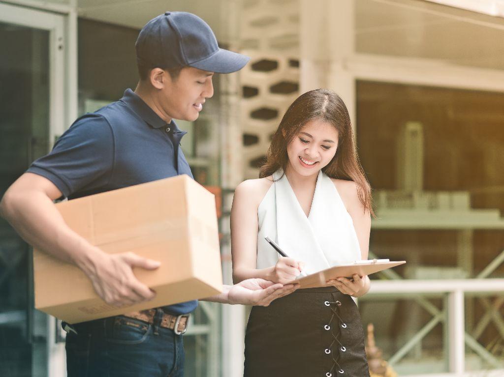Kirim Paket Tahun Baru, Pakai GrabExpress Nggak Bikin Kantong Kering