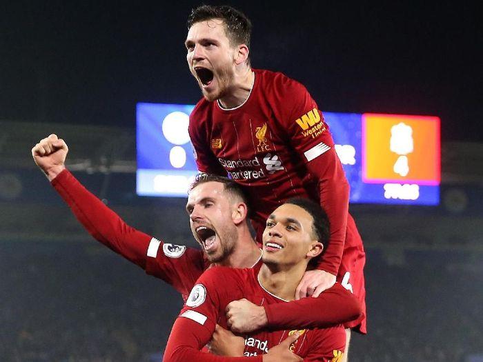 Liverpool menggasak pesaing terdekatnya Leicester City dengan skor 4-0 dalam lanjutan Liga Inggris (Alex Pantling/Getty Images)