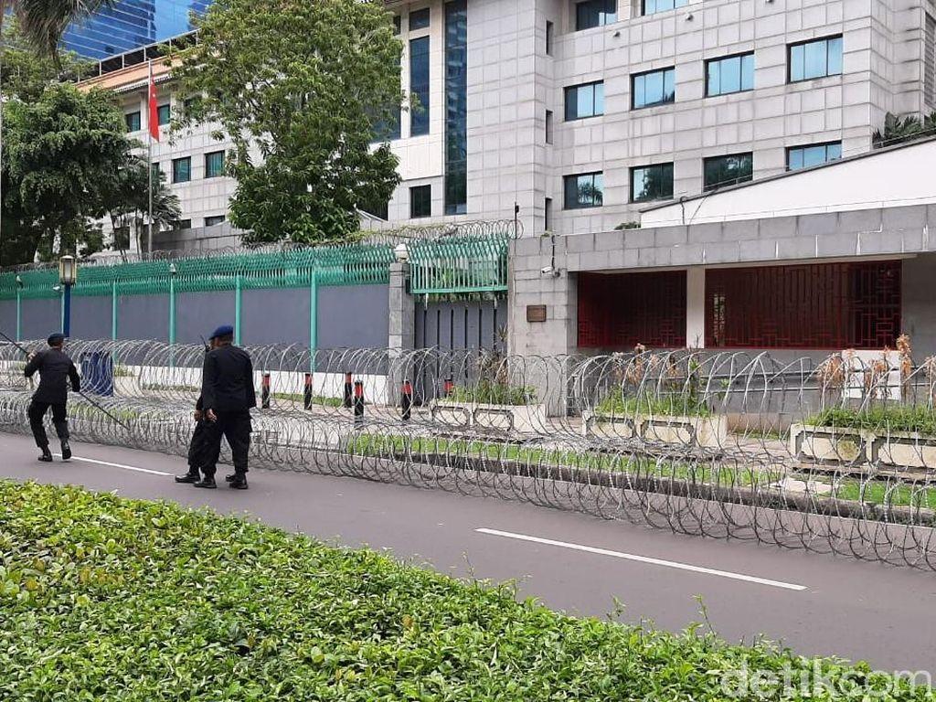 Jelang Aksi Bela Muslim Uighur, 3 Water Cannon Siaga di Kedubes China