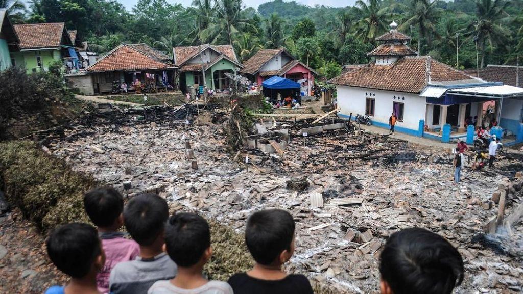 Kebakaran di Lebak, 14 Rumah Rata dengan Tanah