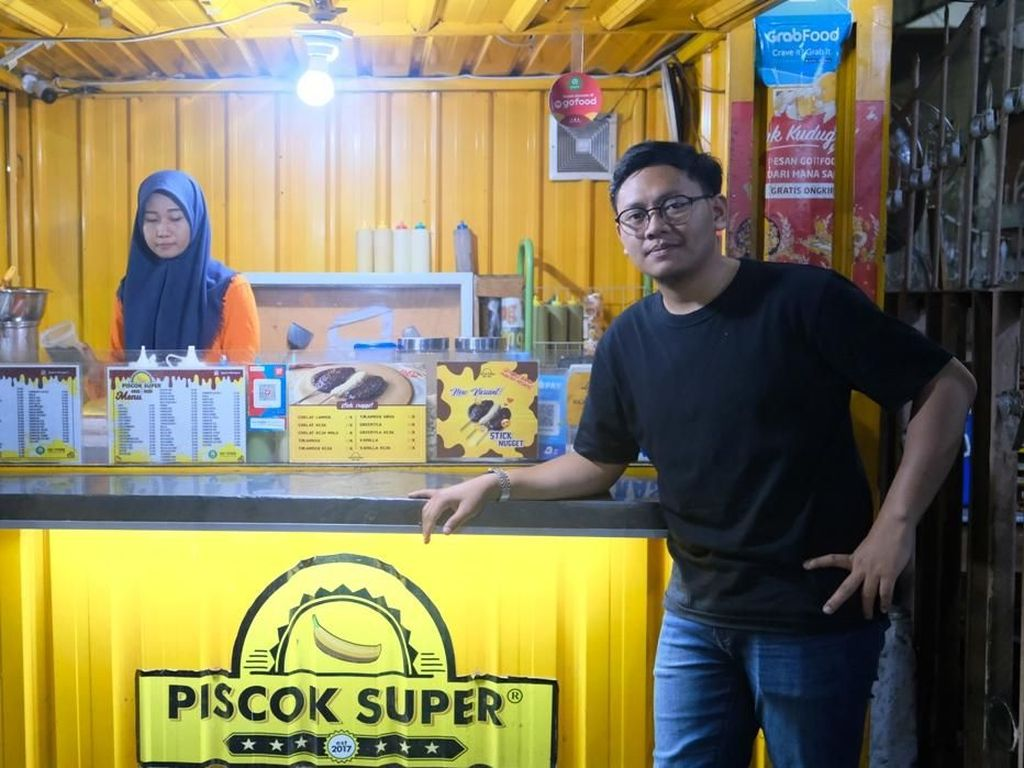 Jual Piscok Lewat GrabFood, Omzet Usaha Pemuda Makassar Ini Naik 50%