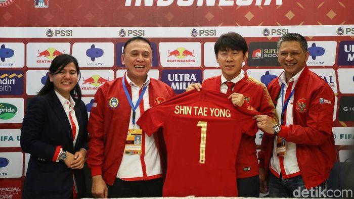 PSSI mengumumkan struktur tim kepelatihan Timnas Indonesia (Foto: Pradita Utama)