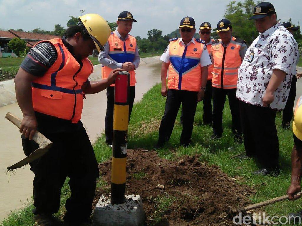 Rawan Kecelakaan, Ruas Jalan Pejagan-Purwokerto Dipasangi Pembatas
