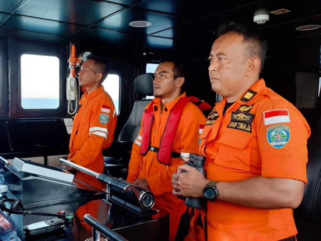 Hari Kedua, Pencarian Penumpang KM Tidar Jatuh di Perairan Takalar Nihil