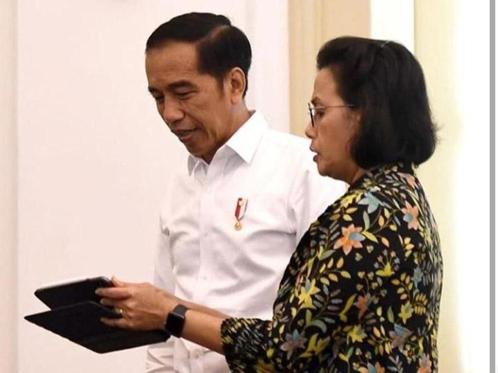 Intip Gaya Sri Mulyani Ngobrol Seru Bareng Jokowi