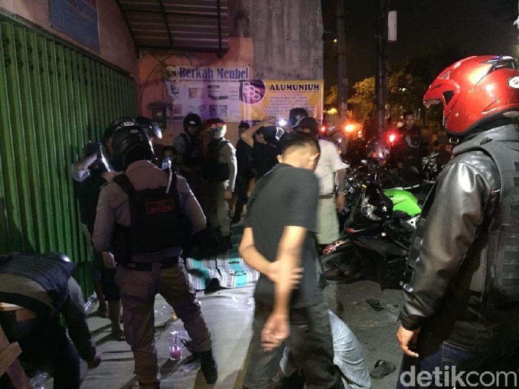 Tim Asuhan Rembulan Satpol PP Kota Surabaya Gagalkan Aksi Tawuran