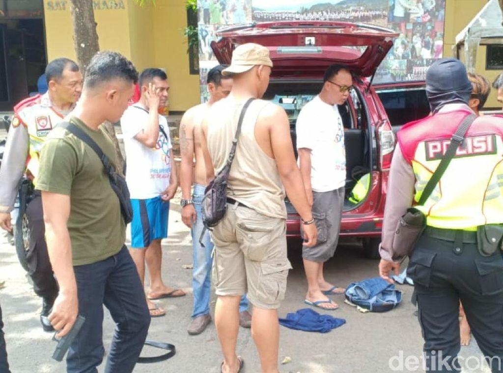 Nyamar Jadi Pengunjung, Polisi Sukabumi Bekuk Komplotan Pemalak Wisatawan