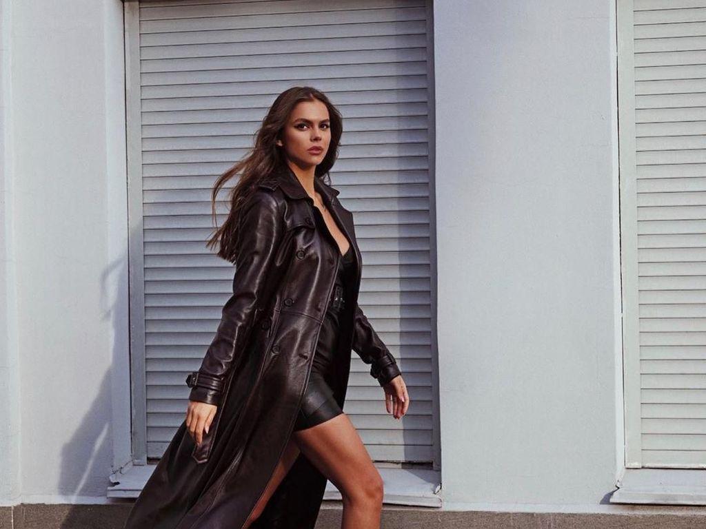 Potret Model Cantik Jadi Sensasi, Ngaku dapat DM dari Ronaldo Hingga Neymar