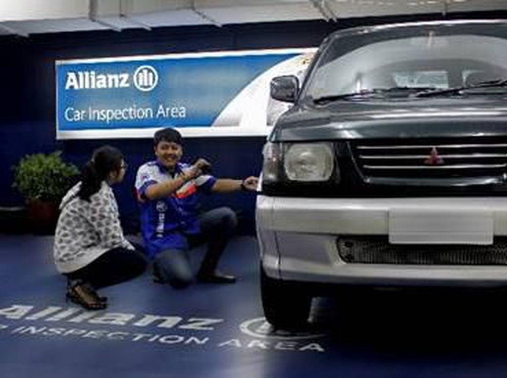 Tingkatkan Kepuasan Nasabah Asuransi Kendaraan