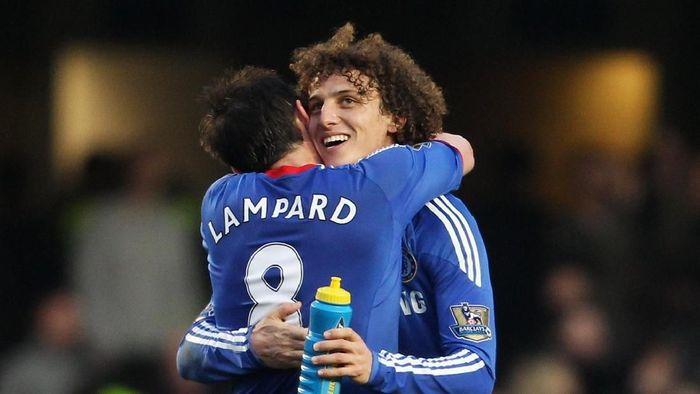 Manajer Chelsea Frank Lampard menegaskan tak mempunyai duduk kasus dengan David Luiz. (Foto: Scott Heavey / Getty Images)