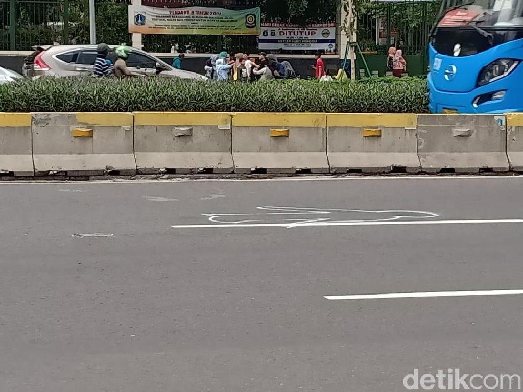 Ini TKP 7 Pesepeda Ditabrak Mobil di Jalan Sudirman