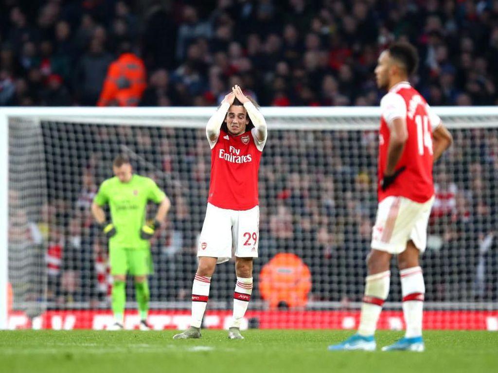 Arsenal Tutup Tahun dengan Rentetan Kekalahan Kandang Terburuk Sejak 1959
