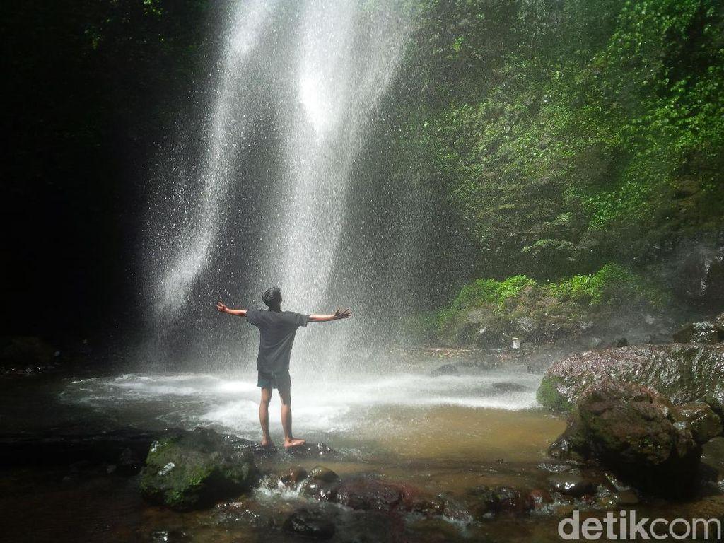 Cantik Tapi Mistis, Ini Air Terjun Cigoong Cianjur
