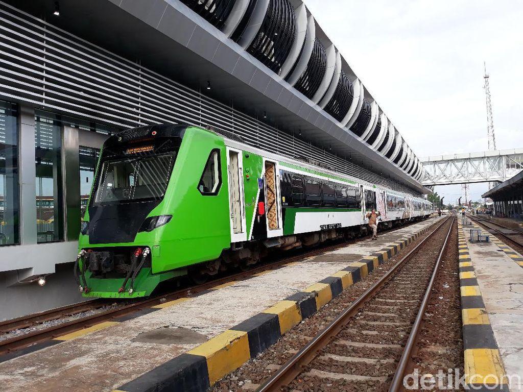KA Bandara Solo Bisa Angkut 300 Orang Sekali Jalan
