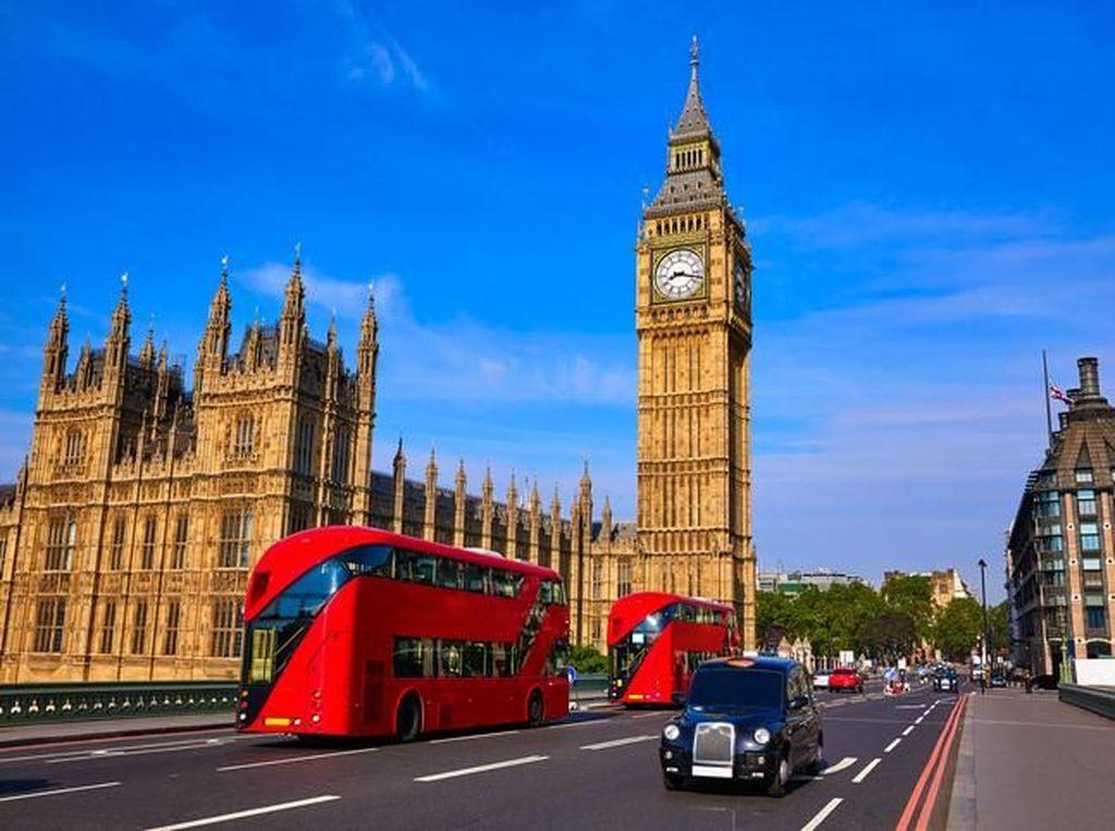 Inggris Lockdown Lagi, Pengusaha Restoran hingga EO Teriak