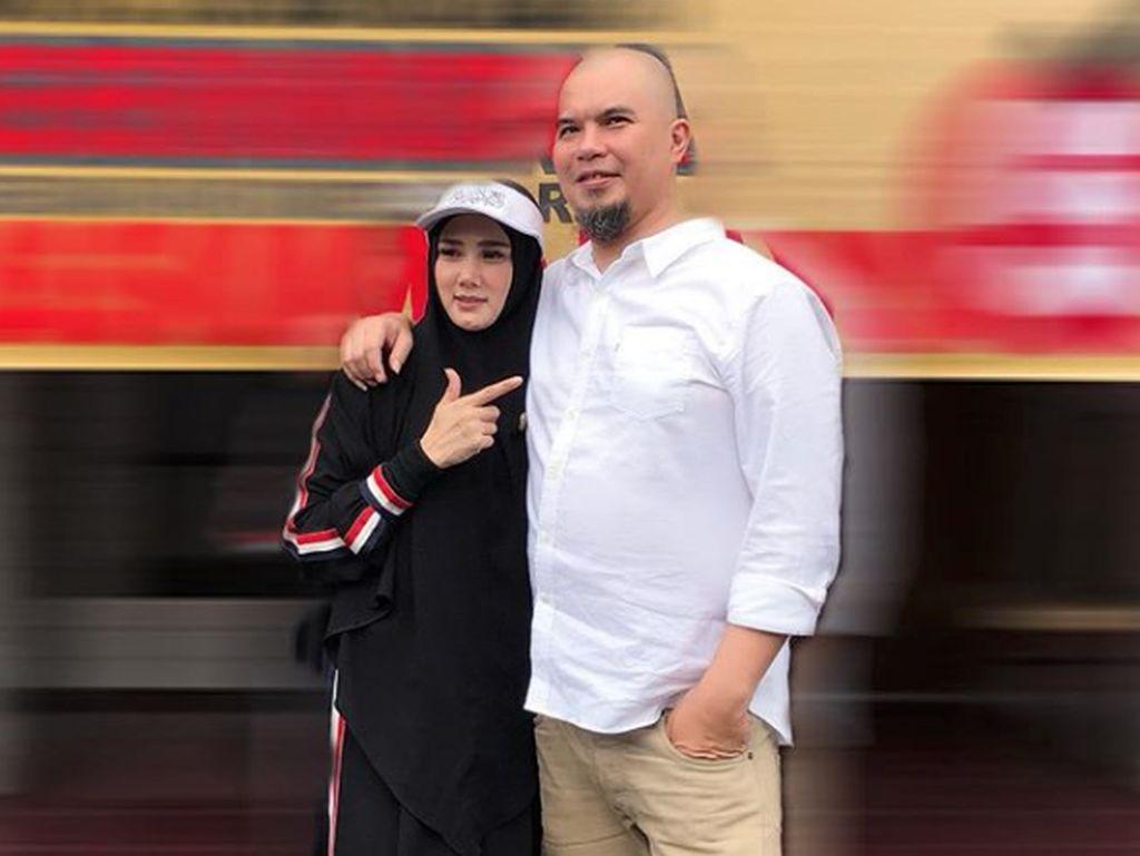 Mulan Jameela Sebut Melayani Ahmad Dhani Ialah Pekerjaan yang Bayarannya Tak Ternilai