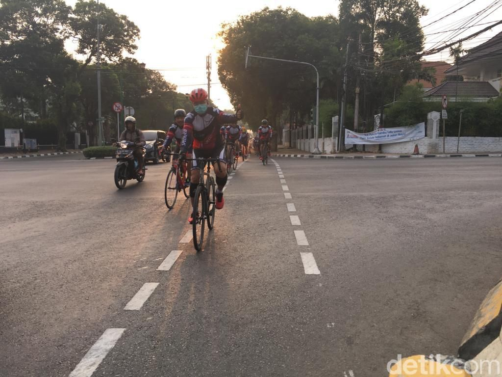 Miris Betul Nasib Pesepeda di Indonesia: Jalur Diserobot dan Jadi Korban Tabrak