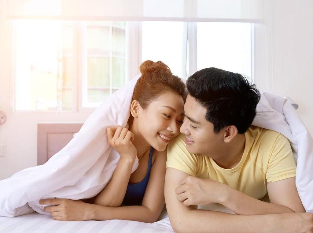 4 Tips Agar Pernikahan Tetap Langgeng Tanpa Drama Selama Ada Corona