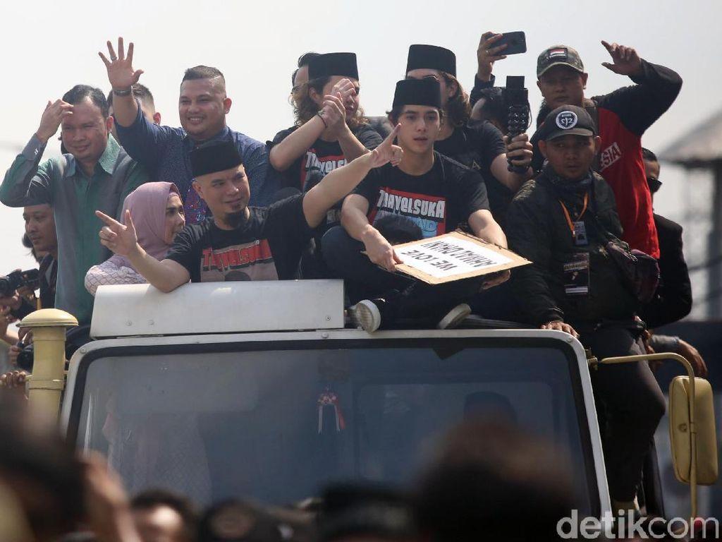 Ahmad Dhani Resmi Bebas, Pulang ke Rumah Naik Unimog