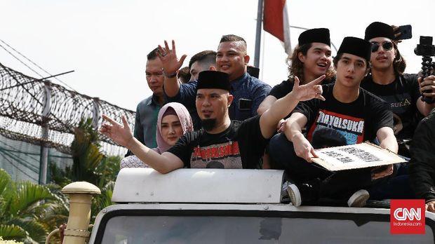 Potensi Dhani dan Ratna 'Berisik' ke Rezim Jokowi Usai Bebas