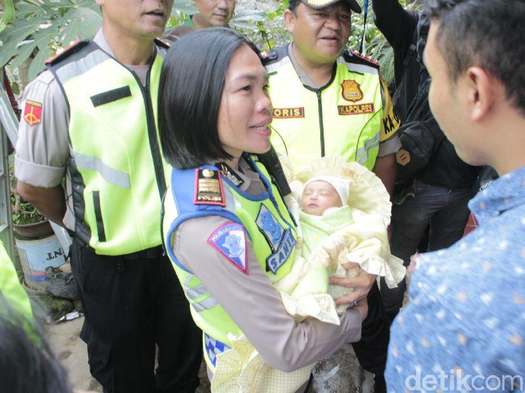 5 Polisi yang Kawal Ibu Melahirkan Saat Lembang Macet Diganjar Penghargaan