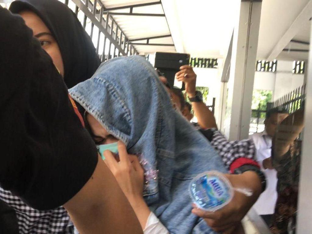 Melacak Jejak Kasus Narkoba Ibra Azhari dan Medina Zein