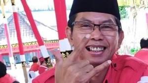 Di Malam Tahun Baru, Ketua PDIP Surabaya Soroti Nasib Pedagang Terompet