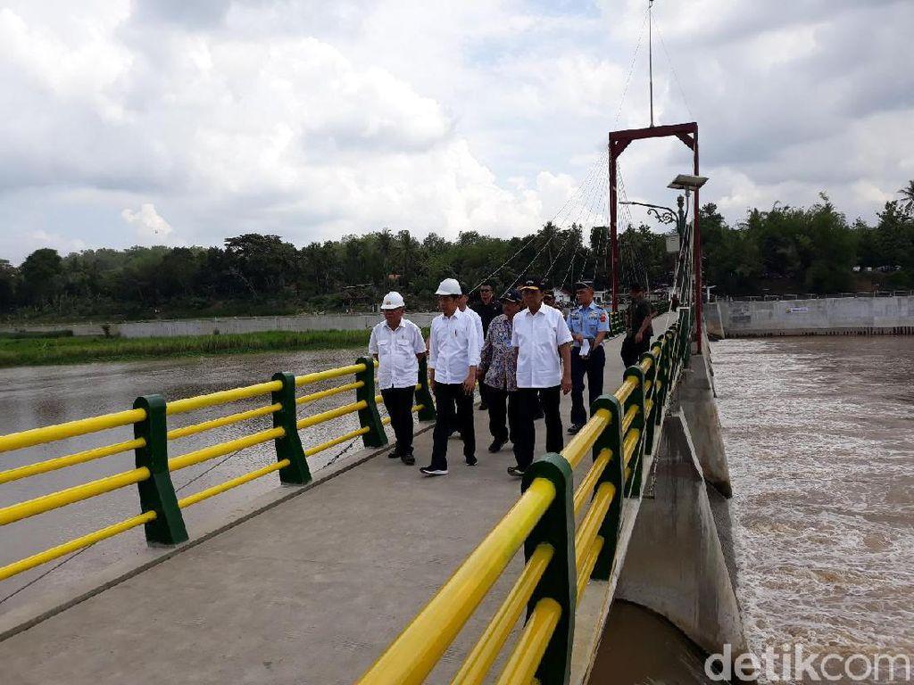 Resmikan Bendung Kamijoro, Jokowi: Sangat Indah!