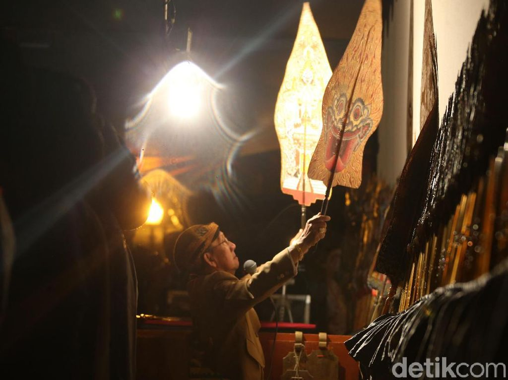 Mengenang Laku Cinta Ki Manteb Sudharsono yang Wafat Kena Serangan Corona
