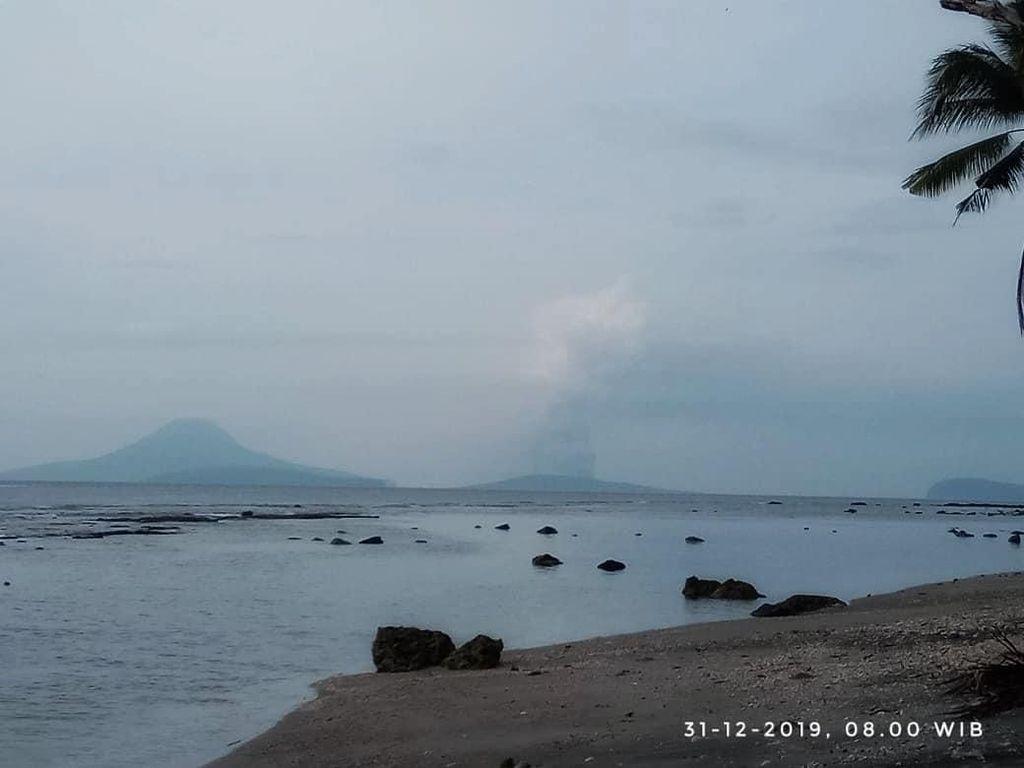 Gunung Anak Krakatau Erupsi Lagi, Semburan Abu Capai 1.000 Meter