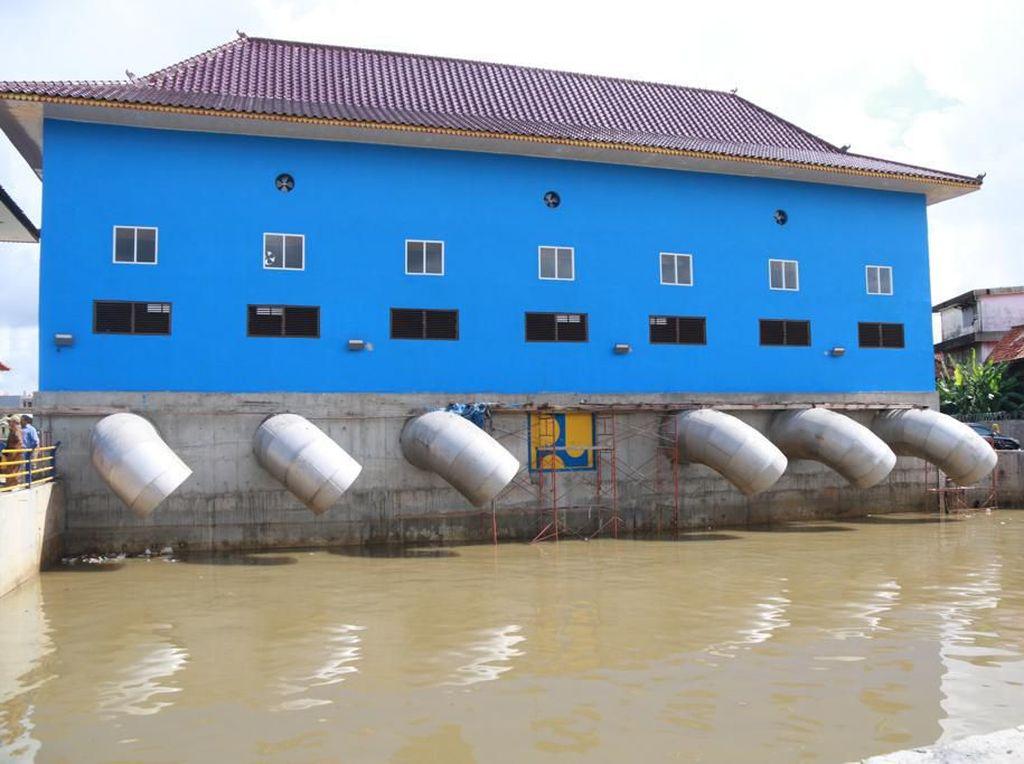 Antisipasi Banijir, Pemkot Palembang Operasikan Pompa Air Sungai Bendung
