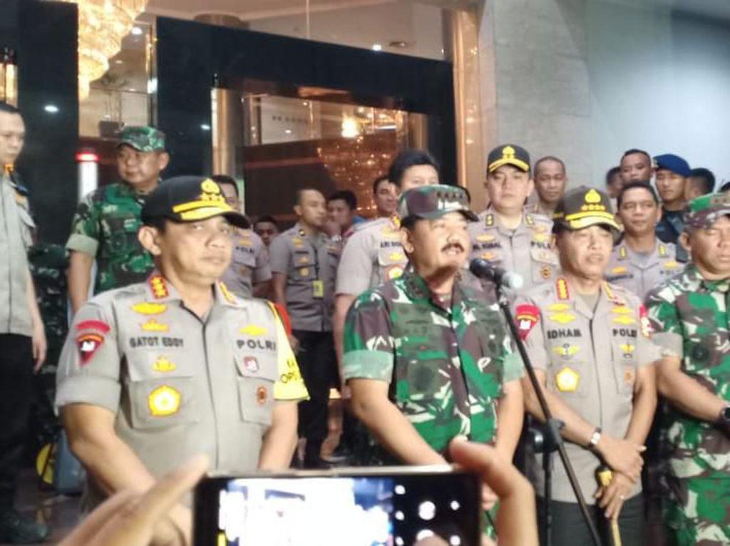 Panglima TNI Ingatkan Aparat Amankan Perayaan Tahun Baru Secara Humanis